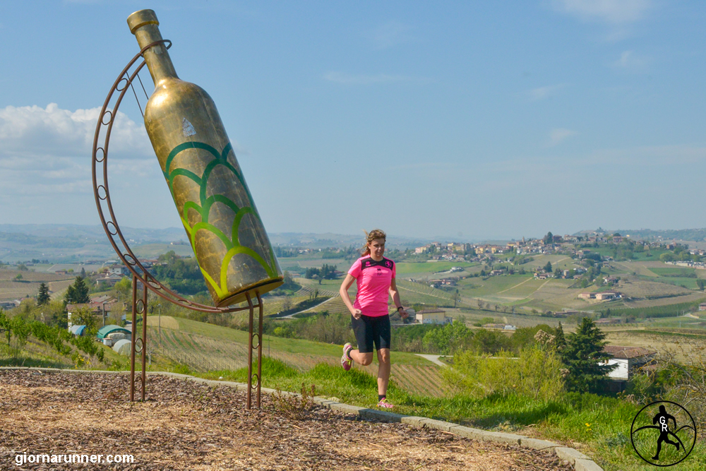 Bottiglia gigante 1 Mombercelli